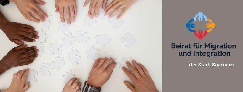 Titelbild viele Menschen puzzlen, Rat für Migration