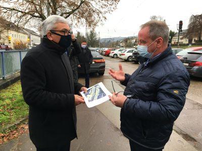 Innenminister Lewentz sichert 450.000 Euro für Projekte in Saarburg zu