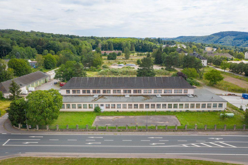 Panzerhalle - Eingang Gärten von Saarburg