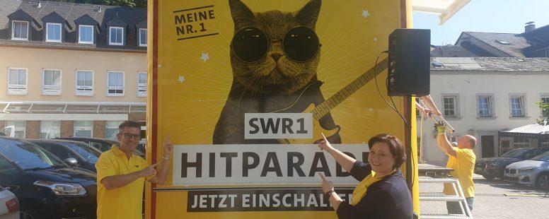 """SWR1 Hitcat-Bus"""" heute live in Saarburg"""